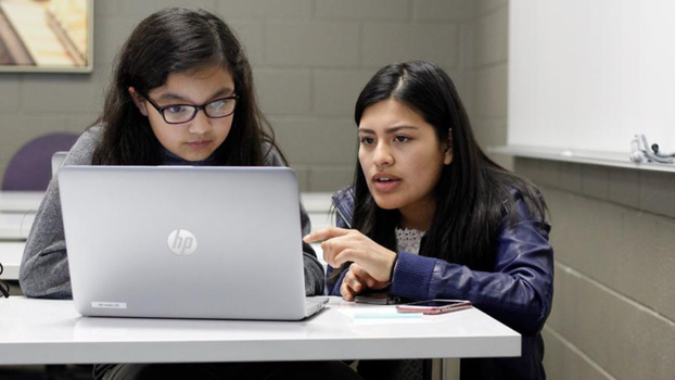 High Tech Minded Ladies is a project launched at Southern Adventist University in 2017 to support girls interested in science, technology, engineering, and mathematics (STEM). [Photo: Southern Adventist University]