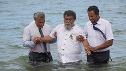 Baptism in Navua, Fiji, in 2020. [Photo Courtesy of Adventist Record]