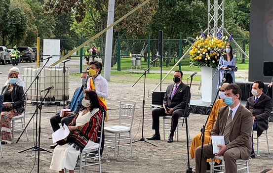 Religious leaders from several denominations in Colombia take part in one of Bogota's 482-year history celebration and took time to honor all the lives lost due to the COVID-19 pandemic, at the Simón Bolivar Park, on Aug. 6, 2020. [Photo: Facebook]