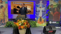 Pastor Eddie Canales of Adventist World Radio speaks at one of more than 338 evangelistic meetings being held In Texas and Oklahoma. [Photo courtesy of Adventist World Radio]